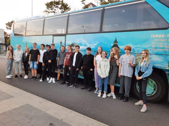 Uczniowie ILO przed wyjazdem na Ukrainę